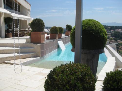 La Villa Blanche : Guest accommodation near Marseille 16e Arrondissement