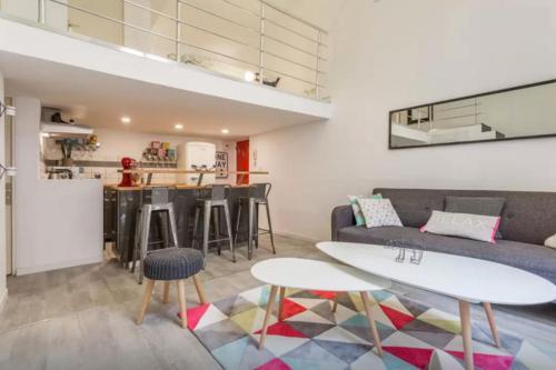 Duplex de Charme - Centre Historique : Apartment near Aix-en-Provence