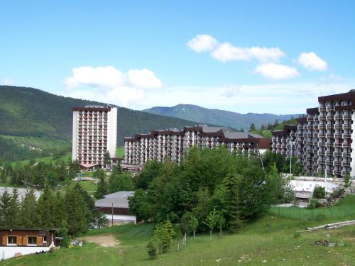 Le Balcon De Villard : Apartment near Monteynard