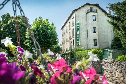Logis le Mont Aigoual : Hotel near Meyrueis