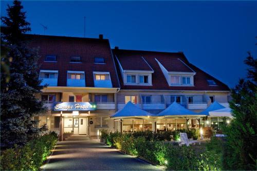 Europe Hotel Haguenau Strasbourg Nord : Hotel near Forstheim
