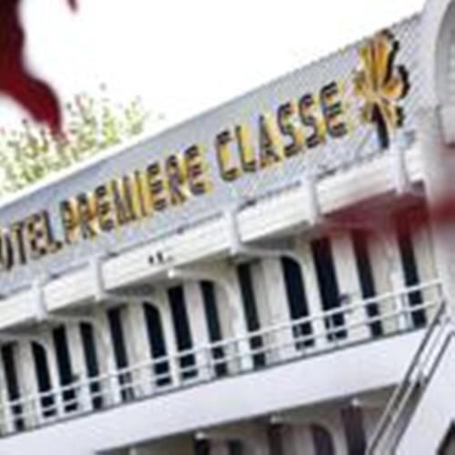 Premiere Classe Bayonne : Hotel near Lahonce