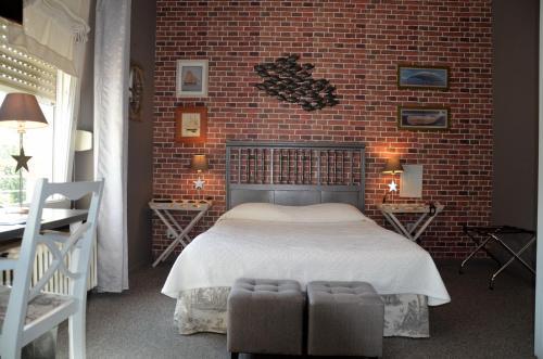 Hôtel Vauban : Hotel near Romagny