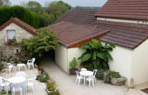Maison d'Hote le Relais : Bed and Breakfast near Saint-Germain-lès-Senailly