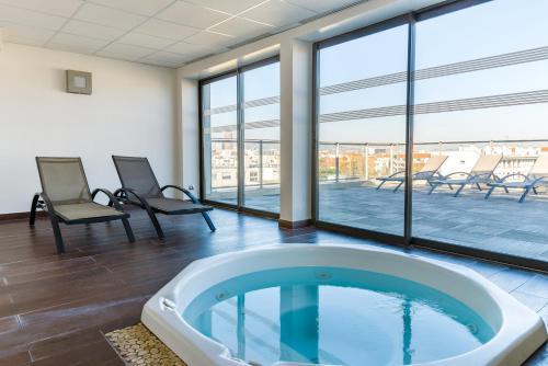 Lagrange Aparthotel Lyon Lumière : Guest accommodation near Lyon 8e Arrondissement
