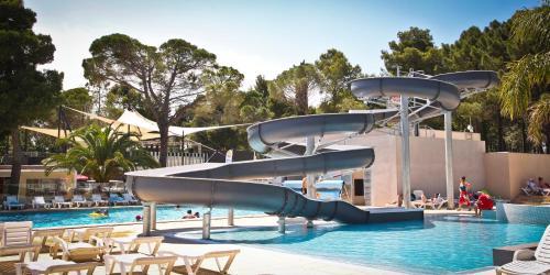 Camping Taxo Les Pins : Guest accommodation near Ortaffa