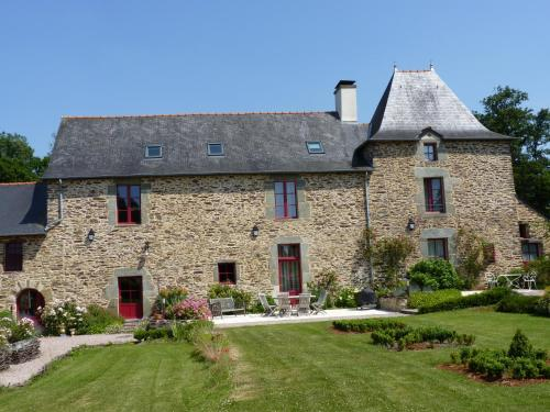 Manoir le Courtillon : Bed and Breakfast near Mernel
