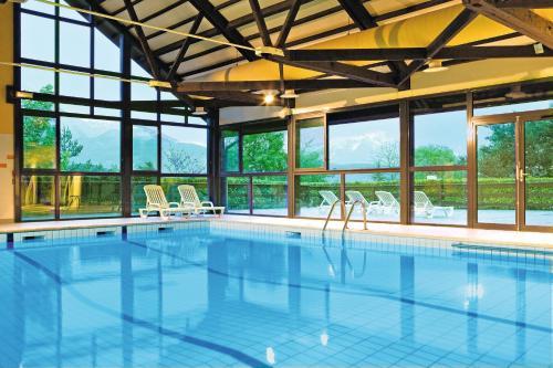Club Vacances Bleues Les Horizons du Lac (anciennement Serre-du-Villard) : Hotel near Saint-Apollinaire