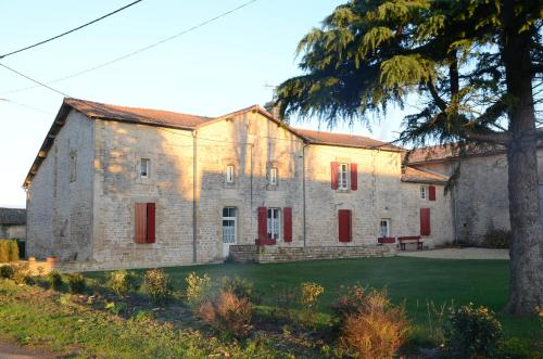 La Groie L'abbé : Bed and Breakfast near Saint-Martin-de-Bernegoue