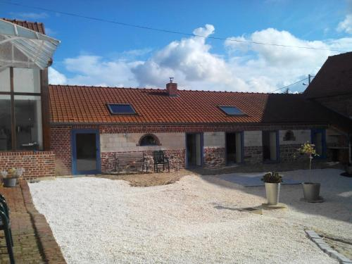 Le Domaine Des Pierres : Bed and Breakfast near Liencourt