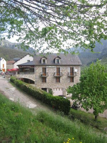 Le Grillon : Hotel near La Malène