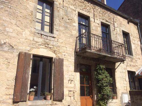 Maison Galimard : Bed and Breakfast near Jeux-lès-Bard