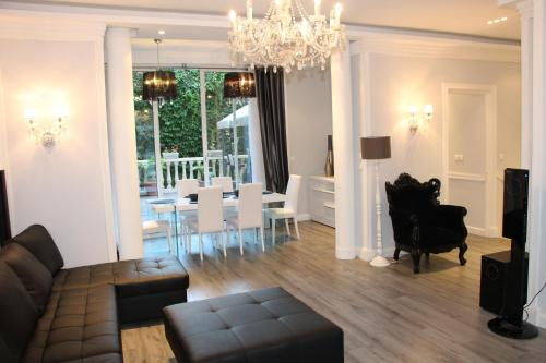 Cannes Luxury Residence Rentals : Guest accommodation near Cannes