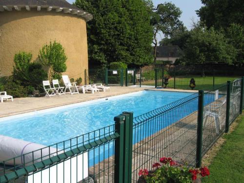 Appartement Domaine de la Freslonnière : Apartment near Talensac