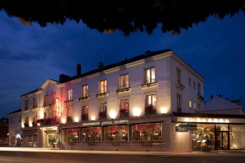 Hotel d'Angleterre : Hotel near Somme-Tourbe