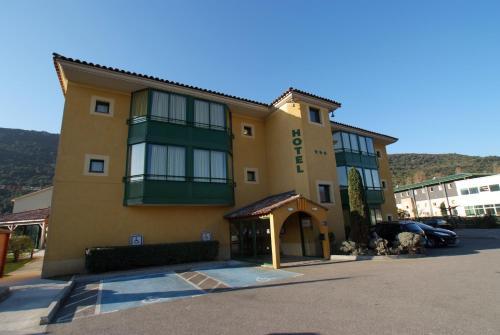 Best Western Gemenos en Provence : Hotel near Roquefort-la-Bédoule