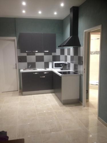 Appartement de la Richelandiere : Apartment near Saint-Christo-en-Jarez