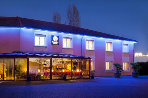 Comfort Hotel Paray Le Monial : Hotel near Sarry