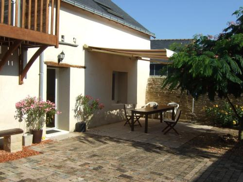 Les Escargots : Bed and Breakfast near Brissac-Quincé