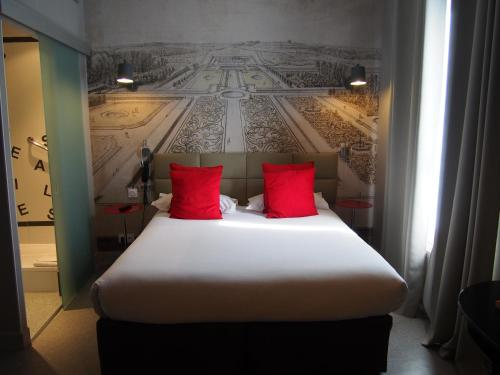 Porte de Versailles Hotel : Hotel near Issy-les-Moulineaux