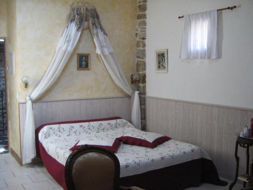 Le Mas de la Musardiere : Guest accommodation near Saint-Genest-de-Beauzon