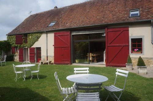 La Grange : Bed and Breakfast near La Motte-Feuilly