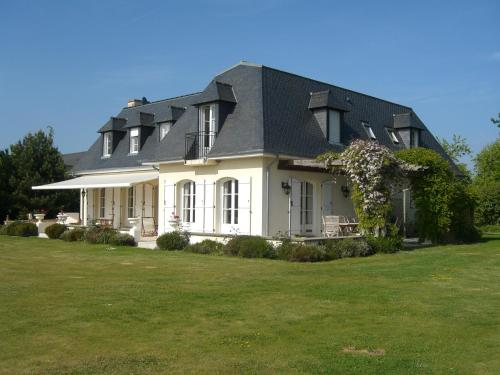 L'Oisette : Bed and Breakfast near Lanrigan