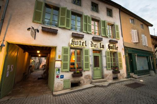 Hotel de la Halle : Hotel near Jours-en-Vaux