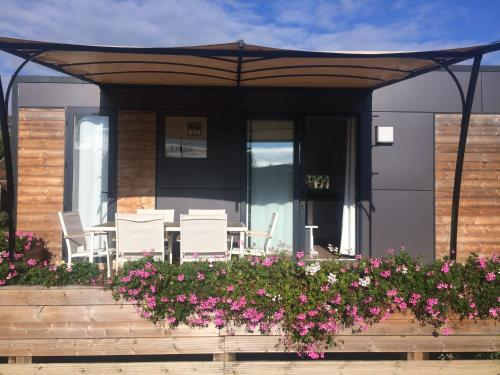 Camping Du Paquier Fané : Guest accommodation near Saint-Aubin