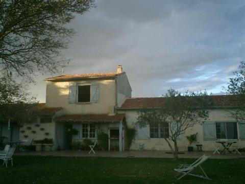 Mas Du Pont De Laute : Guest accommodation near Vauvert