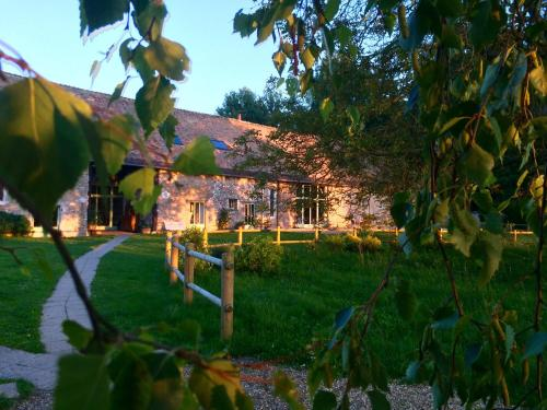 La Ferme des Isles : Bed and Breakfast near Pacy-sur-Eure