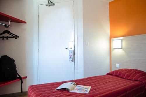 Première Classe Calais Centre-Gare : Hotel near Hames-Boucres