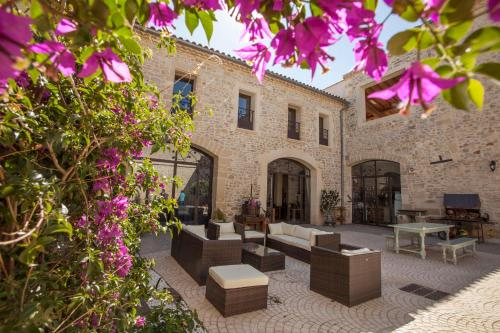 L'Escampe : Bed and Breakfast near Saturargues