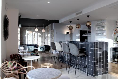 Hôtel Le Collonges : Hotel near Brive-la-Gaillarde