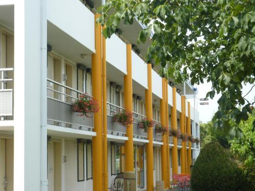 Premiere Classe Strasbourg Ouest : Hotel near Wolfisheim