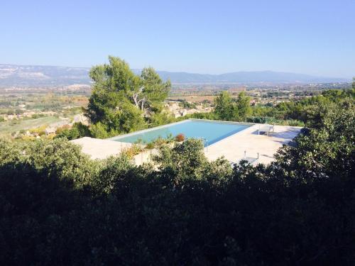 Provence Aix Coteaux : Guest accommodation near Aurons