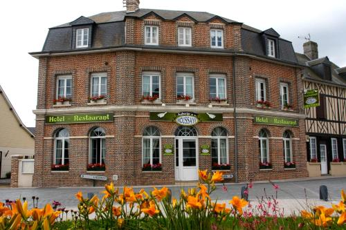 Auberge de la Houssaye : Hotel near Le Bois-Hellain