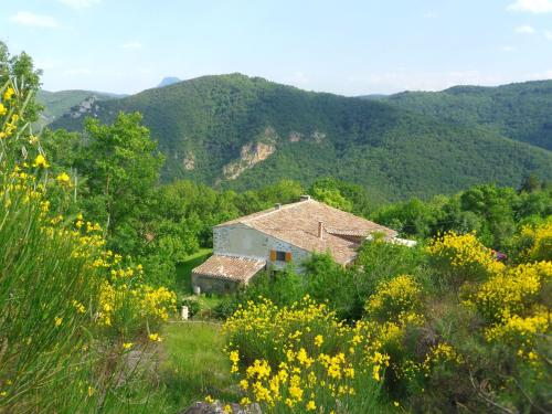 Domaine De Pierrelys : Guest accommodation near Montazels