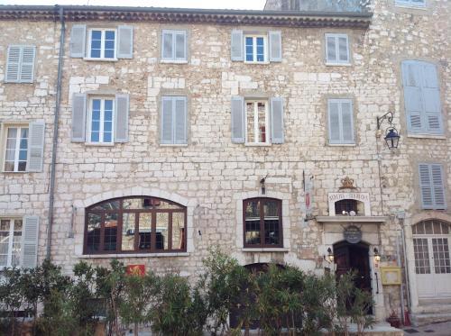 Auberge des Seigneurs : Hotel near Vence