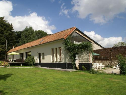 Maison De Vacances - Courset : Guest accommodation near Parenty