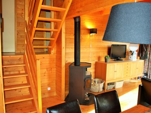 Holiday home Joyeux Logis : Guest accommodation near Trémouille-Saint-Loup