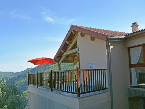 Villa Vue Panoramique Sur Val Du Chassezac : Guest accommodation near Pourcharesses