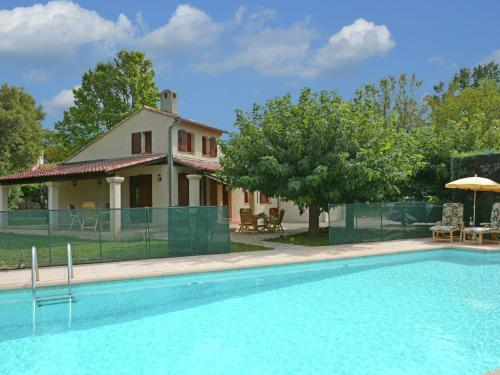Holiday home Vue Sur Callas Dans La Provence : Guest accommodation near Claviers