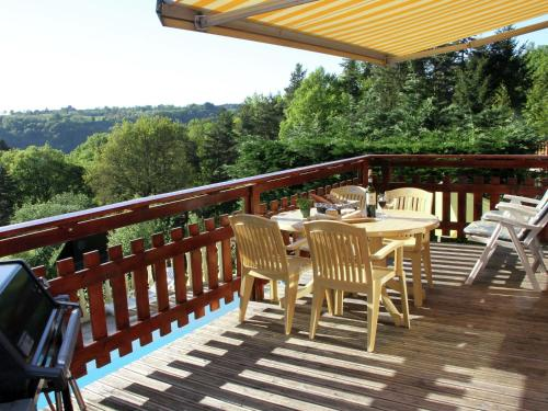 Maison De Vacances - Bellevue : Guest accommodation near Larodde