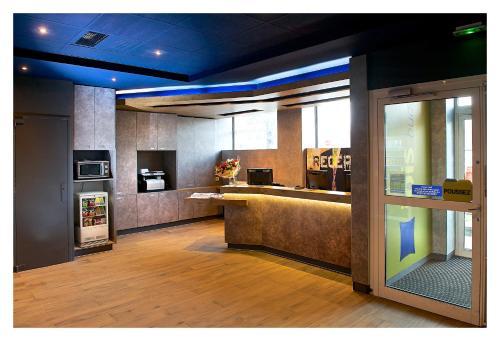 Ibis Budget Strasbourg Centre Gare : Hotel near Mittelhausbergen