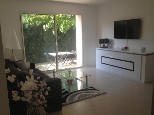 Les Lones : Apartment near Ollioules