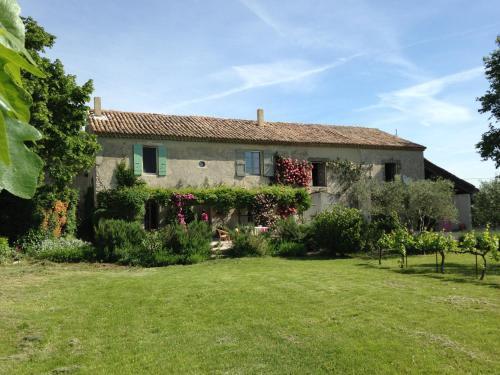 La Clé d'Ailleurs : Bed and Breakfast near Lamotte-du-Rhône
