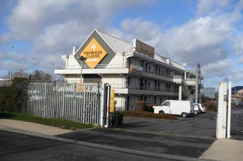 Première Classe Saint Ouen L'Aumone : Hotel near Boisemont