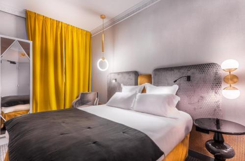 Handsome Hotel By Elegancia : Hotel near Paris