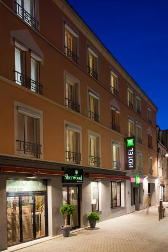 ibis Styles Chaumont Centre Gare : Hotel near Juzennecourt